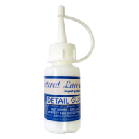 Tattered Lace Detail Glue 30ml