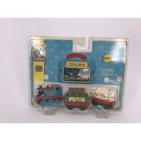 THOMAS Take Along Take n Play Thomas & the Ice Cream Sundae Cars LC76744